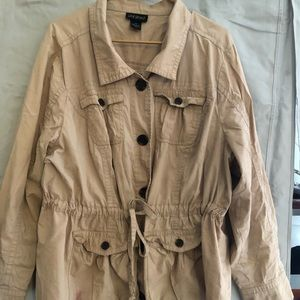 Super cute and light-weight tan jacket